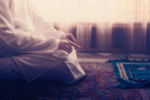 praying-glow