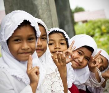 Indonesian school children