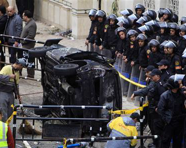 Car bomb kills 21 during New Year mass