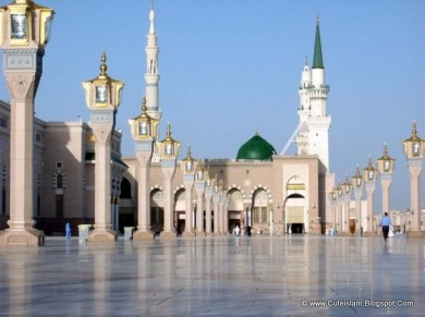 Al-Masjid al-Nabawi: Burial site of the greatest Human Being to ever grace the Earth