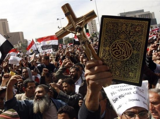 muslims and christians Muslim persecution of christians: muslim persecution of christians is widespread particularly despised are former muslims who converted to christianity, for they stand in violation of traditional islamic law's injunction against apostasy.