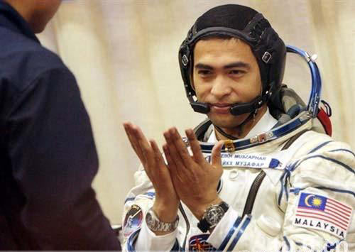 Sheikh Muszaphar Shukor, astronot Malaysia Muslim