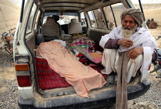 Afghanistan - 16 civilains killed by US soldier