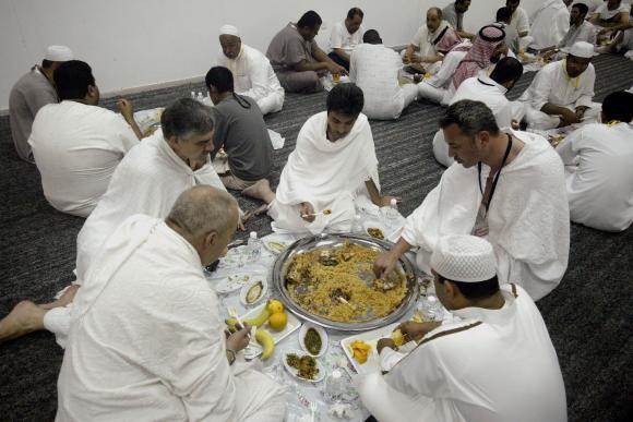 Muslim-pilgrims-in-Mecca-for-Hajj_41