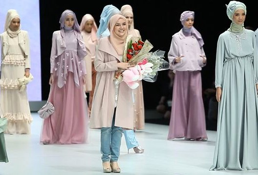 The Rise Of Indonesia S Muslim Fashion Industry
