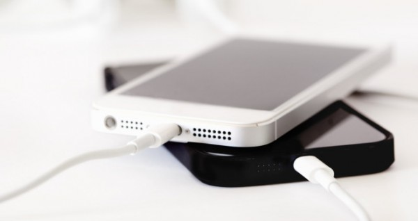 5 Phone Charging Myths, Debunked