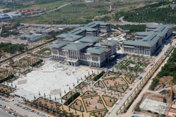 القصر الابيض لأردوغان تحفة معمارية Turk-Pres-P.jpg