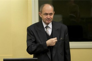 Convicted Bosnian Serb general dies in jail