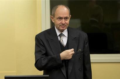 Bosnian Serb general convicted of genocide dies in jail