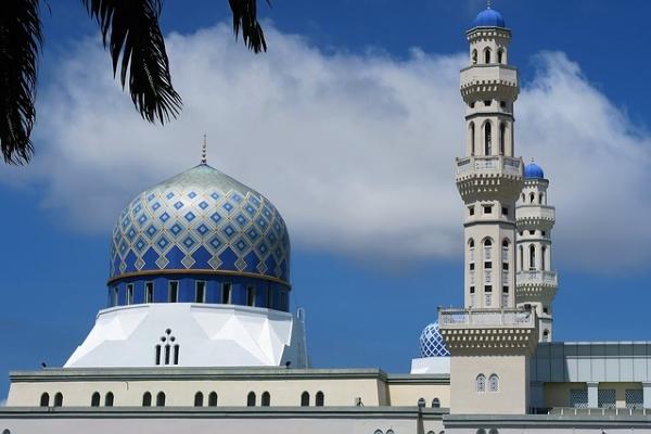 mosque-1373975_640